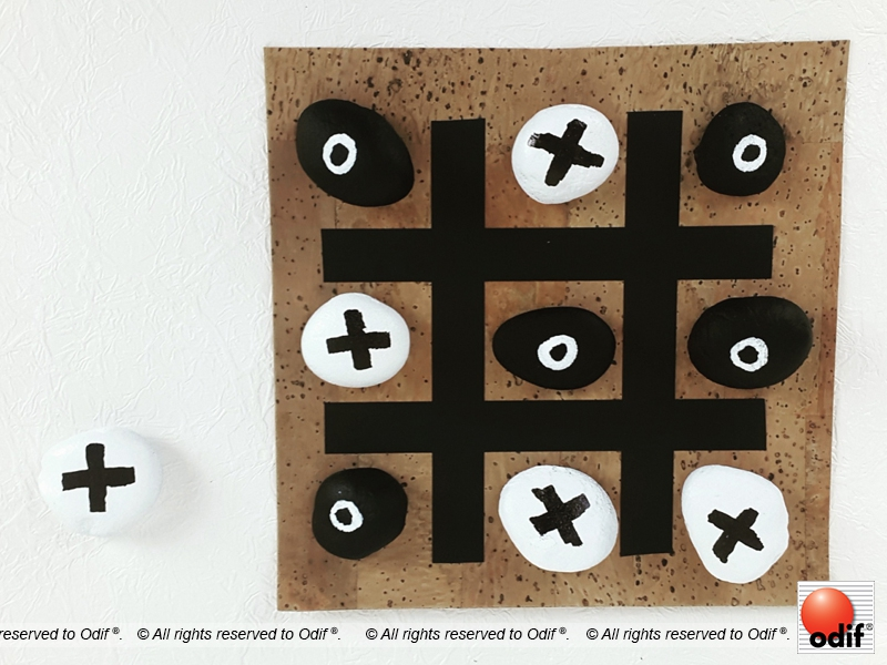 Photo : DIY - Tic Tac Toe game